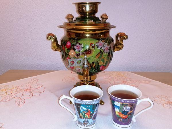 Tee trinken mit Russisch für Anfänger